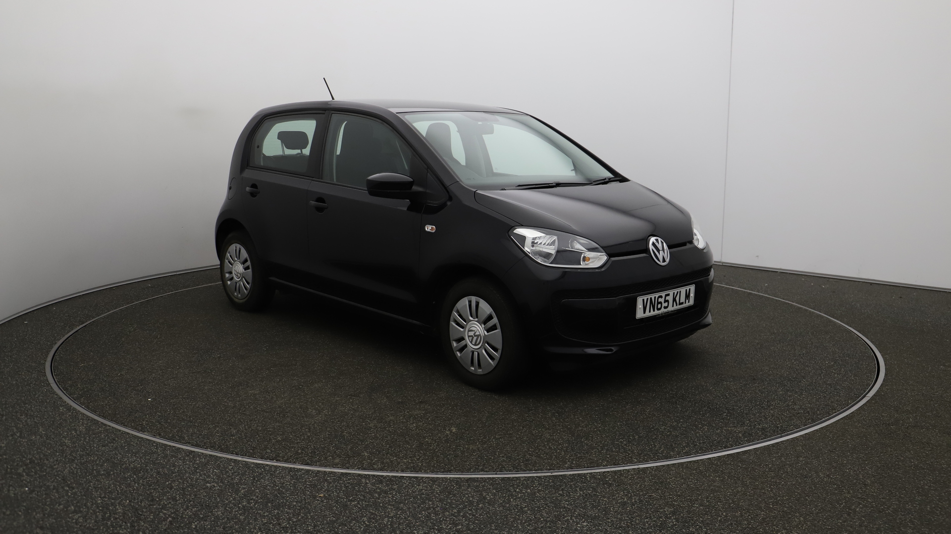 Volkswagen Up MOVE UP Service History