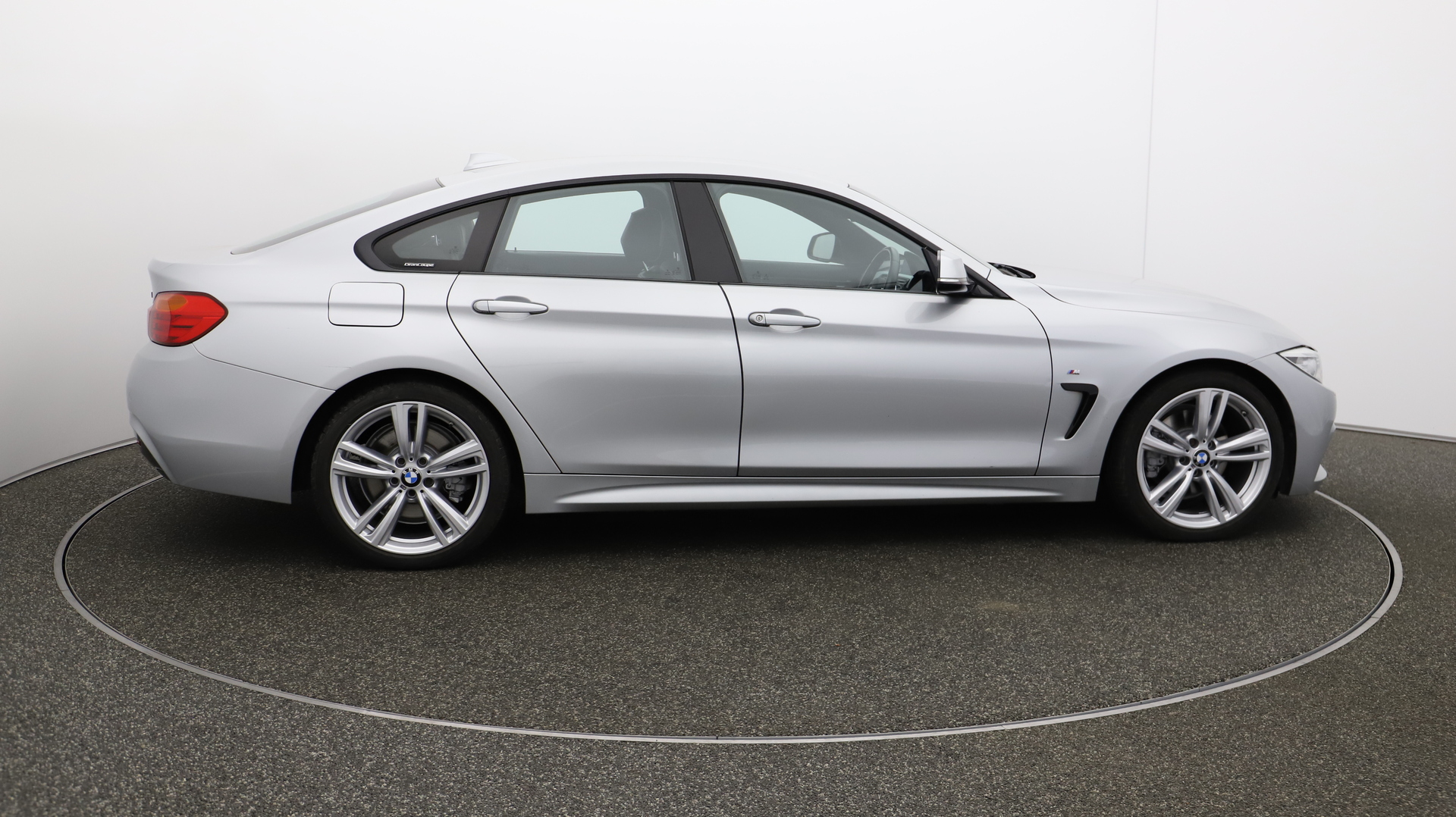BMW 4 Series Gran Coupe 430D M SPORT GRAN COUPE Service History