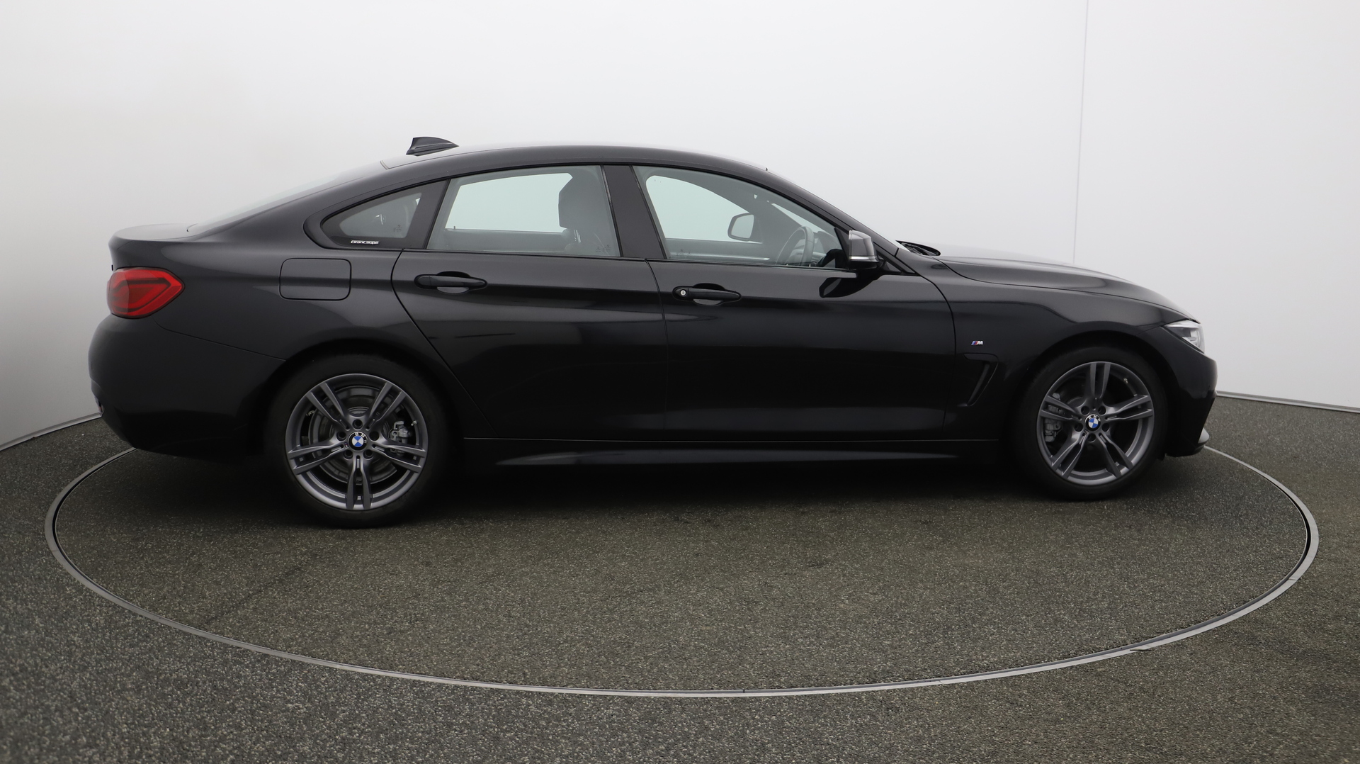 BMW 4 Series Gran Coupe 420D M SPORT GRAN COUPE Service History