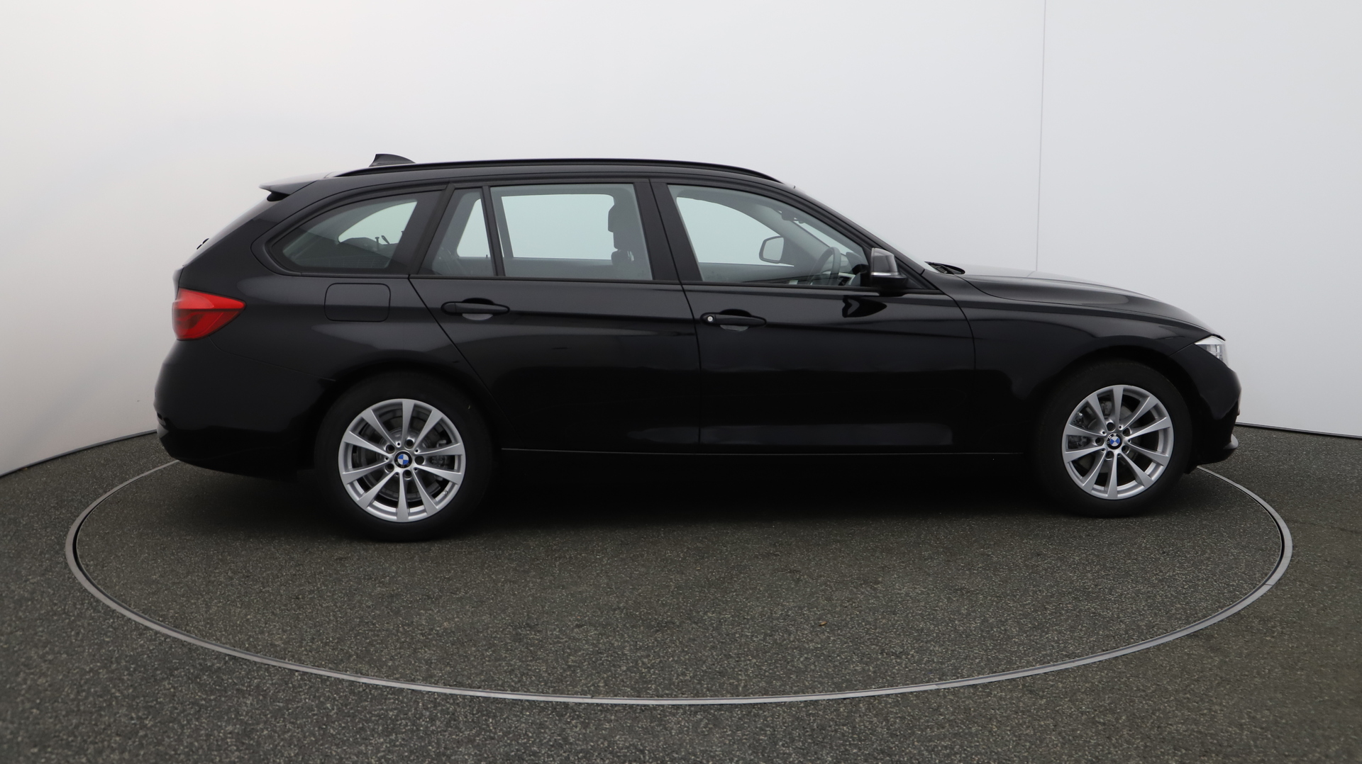 BMW 3 Series 320D XDRIVE SE TOURING Service History