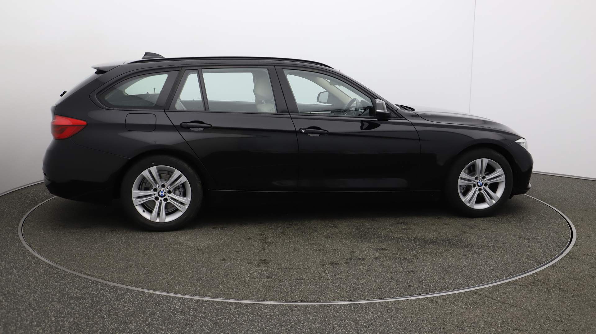 BMW 3 Series 320D SPORT TOURING Service History