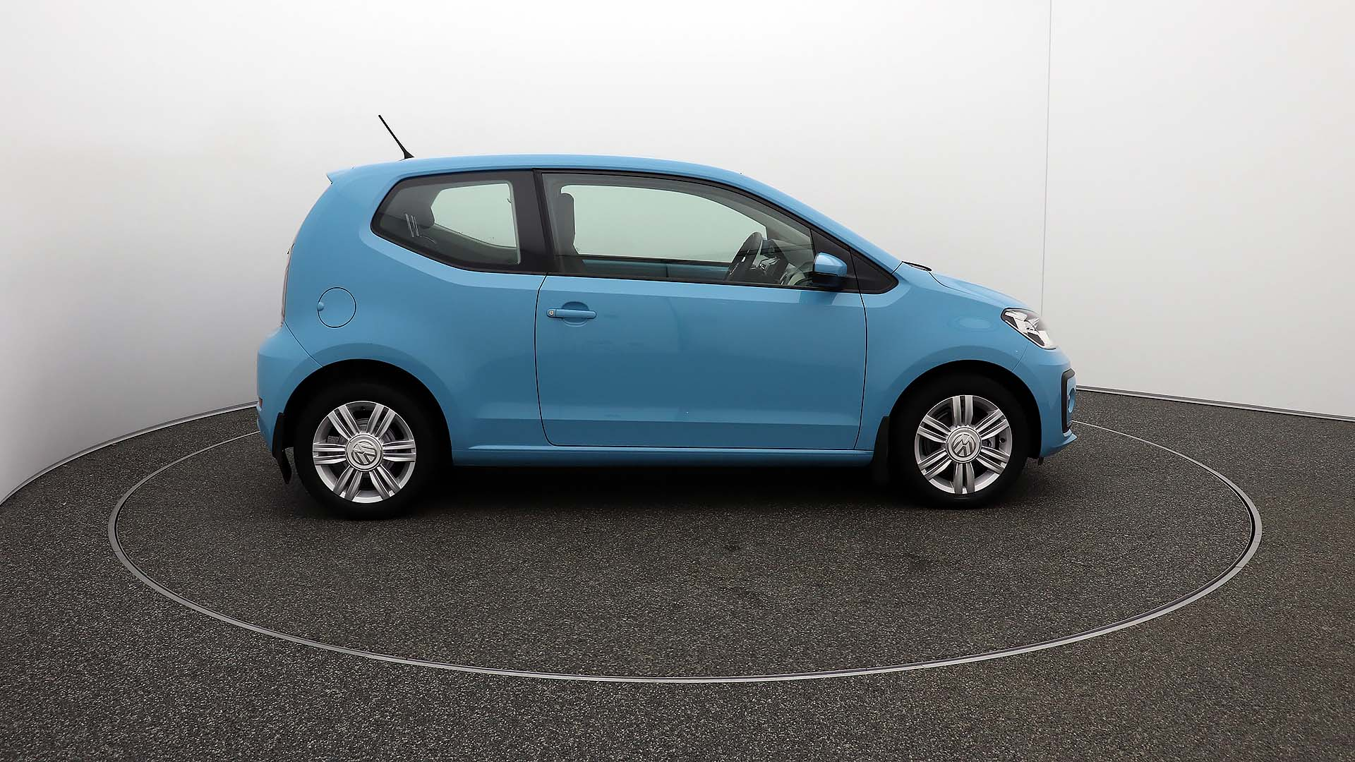Volkswagen Up HIGH UP BLUEMOTION TECHNOLOGY Service History
