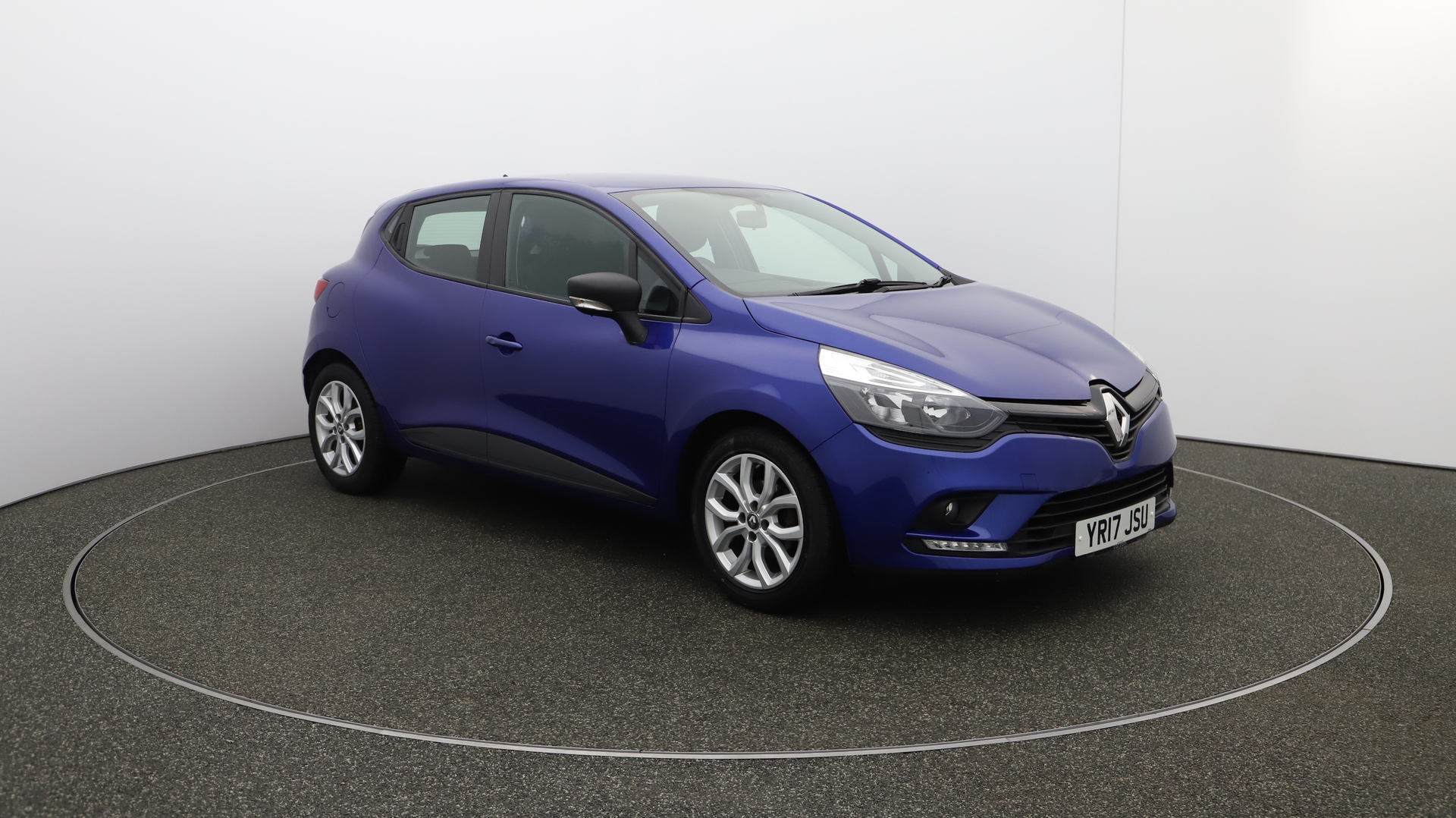 Renault Clio PLAY Service History