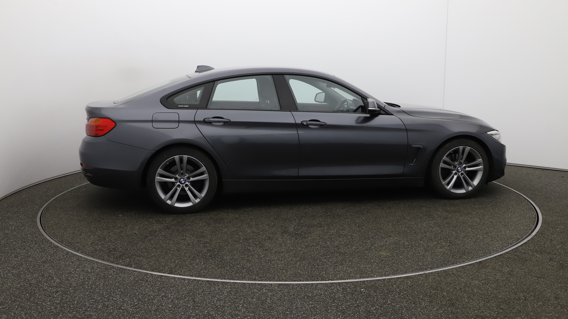BMW 4 Series Gran Coupe 420D SPORT GRAN COUPE Service History