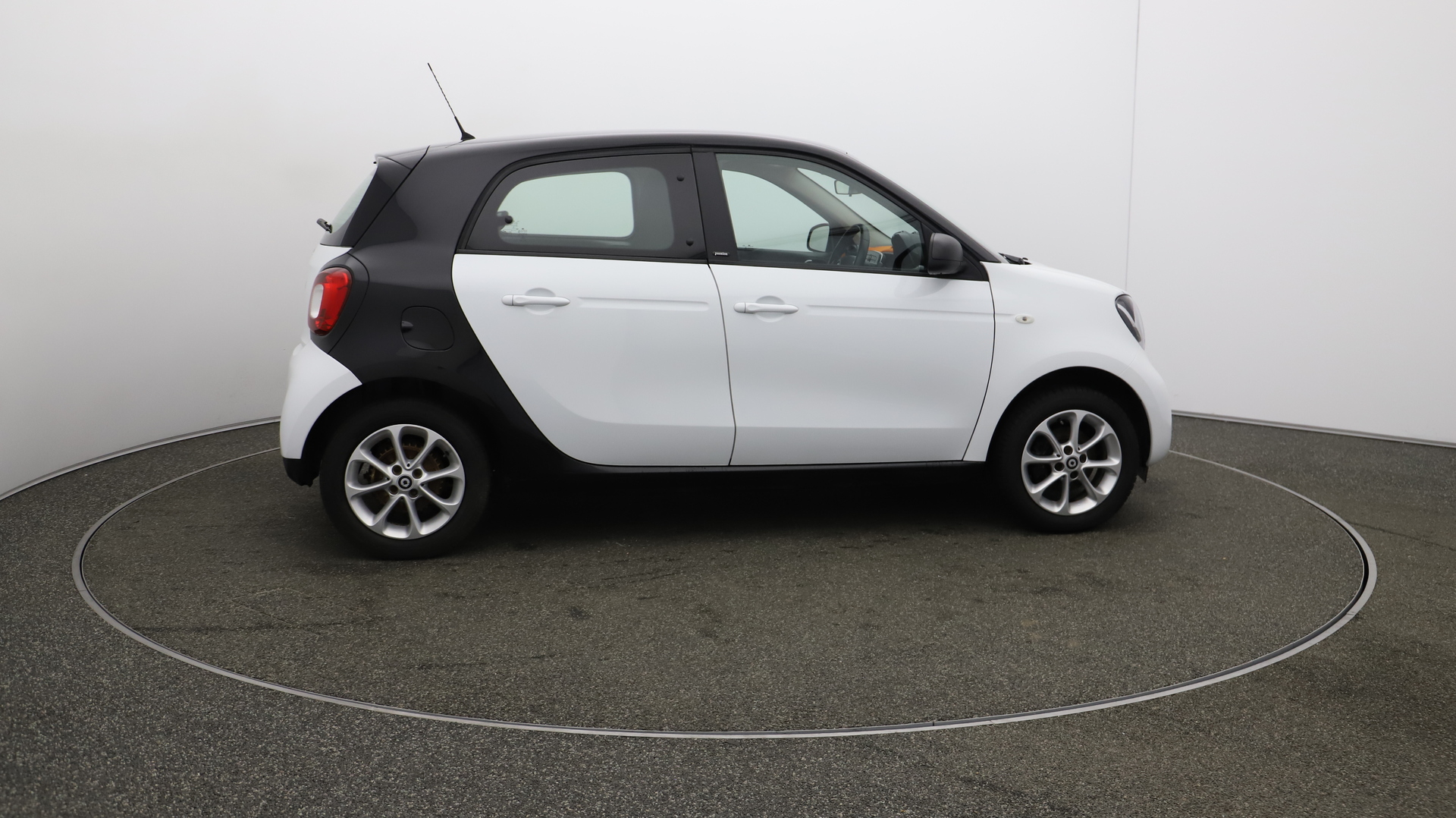 Smart forfour PASSION Service History
