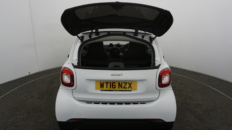 Smart fortwo EDITION WHITE T 16