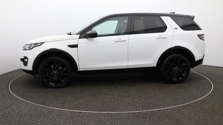 Land Rover Discovery Sport TD4 HSE BLACK 6
