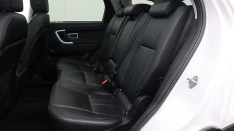 Land Rover Discovery Sport TD4 HSE BLACK 17