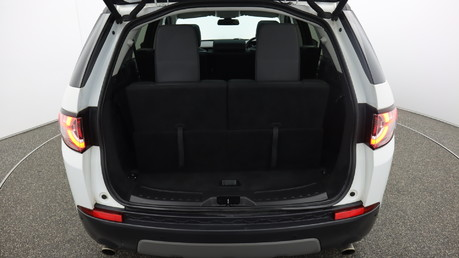 Land Rover Discovery Sport TD4 HSE BLACK 20