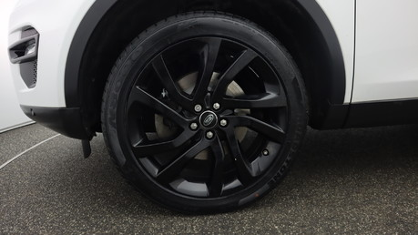 Land Rover Discovery Sport TD4 HSE BLACK 21