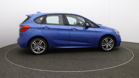 BMW 2 Series phev-m-sport-active-tourer 1