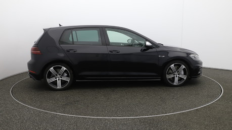 Volkswagen Golf r 1