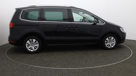 Volkswagen Sharan SE NAV TDI BLUEMOTION TECHNOLOGY DSG