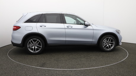 Mercedes-Benz GLC GLC 220 D 4MATIC AMG LINE